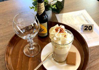 Speciaal biertjes en zelfgemaakte ijskoffie
